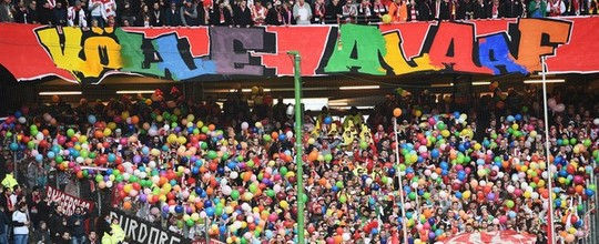 Hamburgo e Colônia empatam, e torcida faz carnaval (Getty Images)