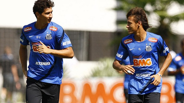 Neymar e Ganso em treino do Santos (Foto: Ricardo Saibun / Divulgação Santos FC)