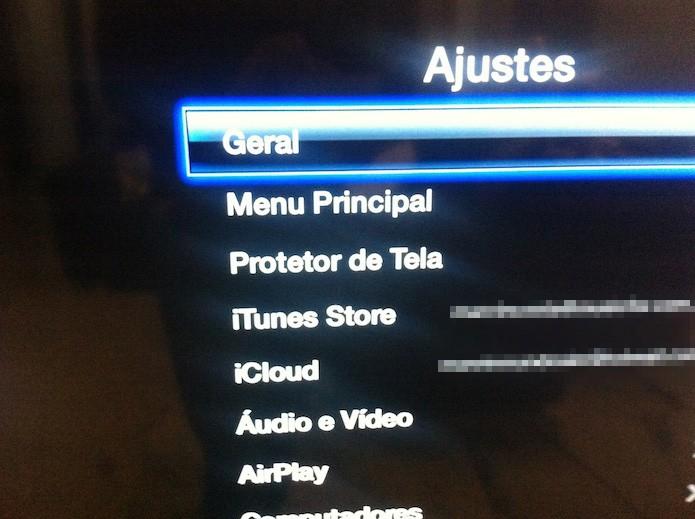 Acessando as configurações gerais da Apple TV (Foto: Reprodução/Marvin Costa)
