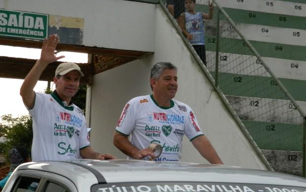 Túlio Maravilha - Tanabi - camionete (Foto: Marcos Lavezo / Globoesporte.com)