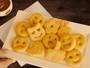 Outback lança batatas fritas em formato de emoticons