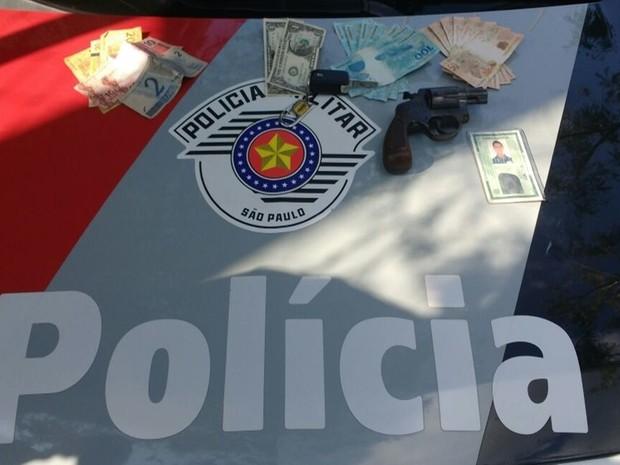 PM prendeu em Mogi suspeito de roubar carro no Itaim Paulista (Foto: Polícia Militar/Divulgação)