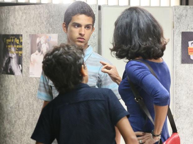A fuga é a única saída pra família Cobreloa (Foto: Isabella Pinheiro/Gshow)