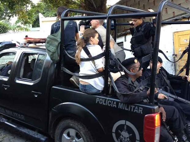 Bope conduziu a imprensa internacional na ocupação da comunidade do Cerro-Corá. (Foto: Mariucha Machado / TV Globo)