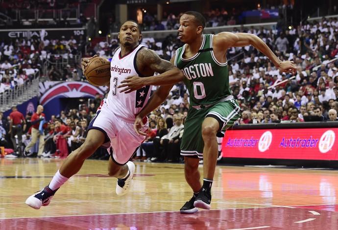 Bradley Beal foi o cestinha da noite na vitória dos Wizards sobre os Celtics (Foto: Getty Images)