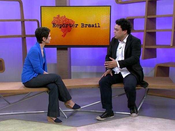Leonardo Sakamoto conversa com Sandra Annenberg sobre a ONG Repórter Brasil (Foto: Globo)