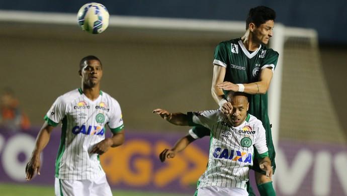 Goiás e Chapecoense empatam no Serra Dourada (Foto: Ricardo Rafael / O Popular)