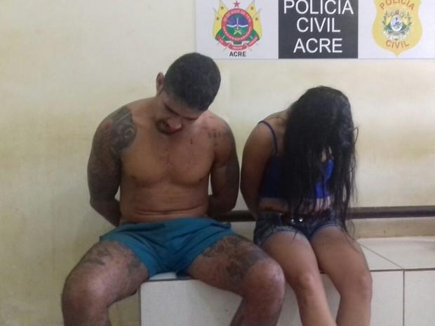 Sherman Robson Sousa, de 33 anos, e Adriana Alexandre da Silva, de 23, foram presos no Conjunto Esperança (Foto: Yuri Marcel/G1)