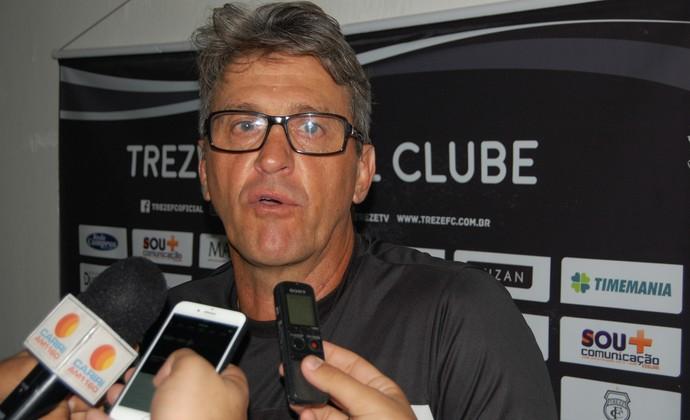 Leocir Dall'Astra, técnico do Treze (Foto: Silas Batista / GloboEsporte.com)