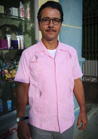 Marcos Palmeira coloca o coração pela boca, em Saramandaia, a nova novela das onze da Globo (Foto: Alex Carvalho/Globo)