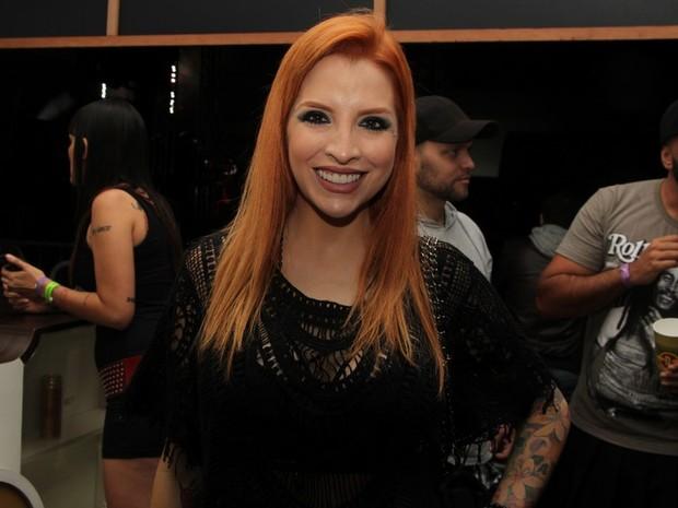 Ex-BBB Clara Aguilar em show em São Paulo (Foto: Renan Katayama/ Ag. News)