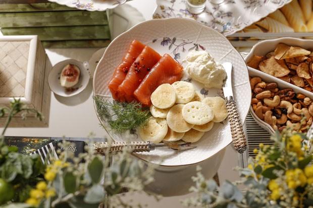 Como decorar um cantinho de aperitivos, por Vamos Receber (Foto: Julio Acevedo)