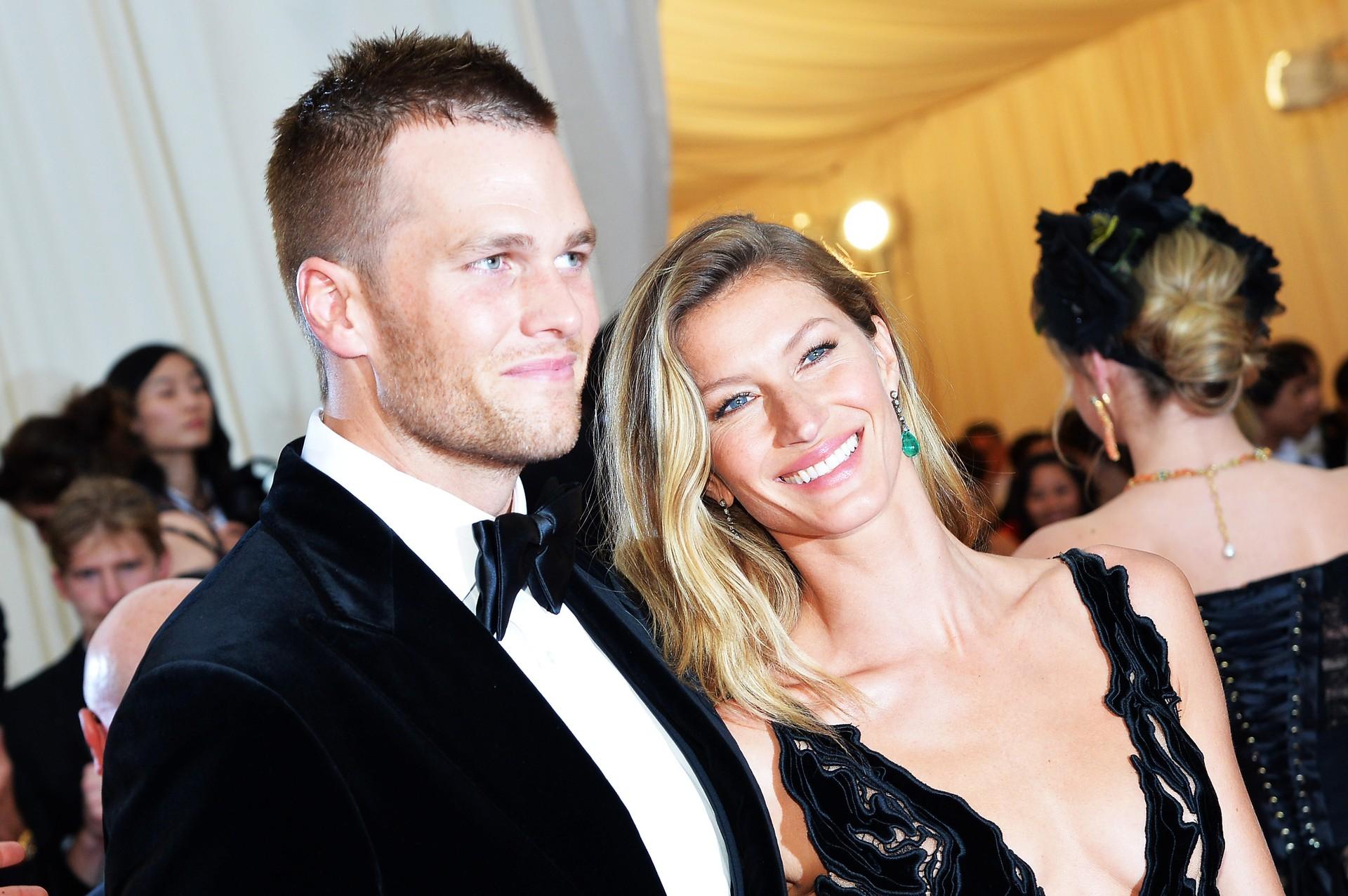 A modelo, que esteve no encerramento da Copa deste ano, casou-se com o jogador de futebol americano Tom Brady em 2009. De acordo com a Forbes, Gisele é a 89ª mulher mais poderosa do mundo. (Foto: Getty Images)