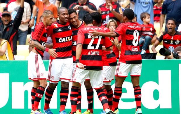 Hernane gol jogo Flamengo e Cricúma (Foto: Ivo Gonzalez / Agencia O Globo)