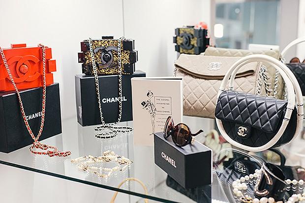 Espaço exclusivo para as bolsas Chanel (Foto: Chinh Phan/Neiman Marcus)