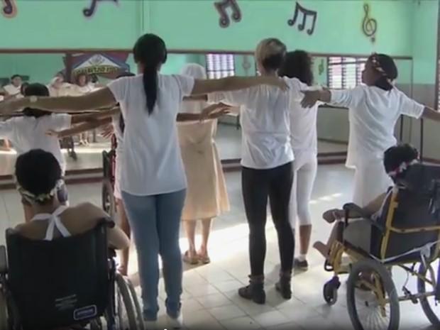 Cadeirantes vão apresentar espetáculo de dança, cultura, casa da hospitalidade, amapá, santana, (Foto: Rede Amazônica/Reprodução)