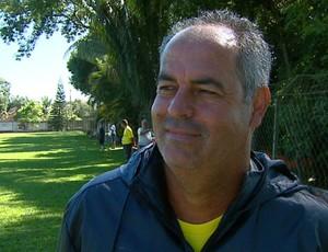 Jorge Saran, técnico da Ferroviária (Foto: Wilson Aiello/ EPTV)
