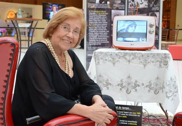 Morre atriz Vida Alves, pioneira do 1º beijo da televisão brasileira