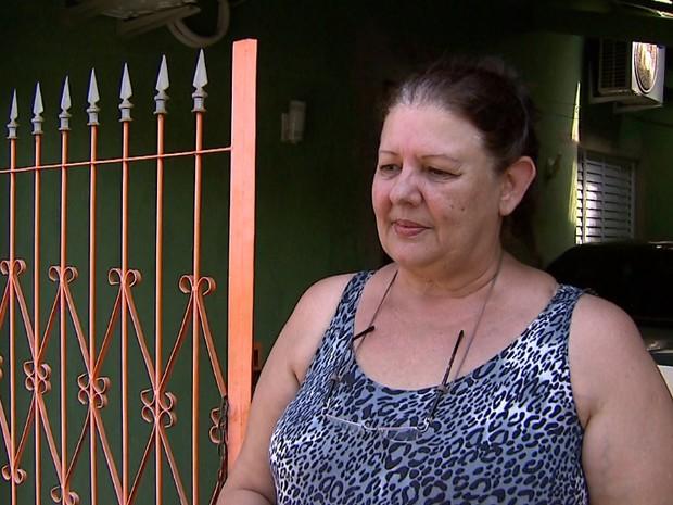 Deusa conta que reformou a casa porque alagamentos provocaram rachaduras nas paredes (Foto: Reprodução/EPTV)