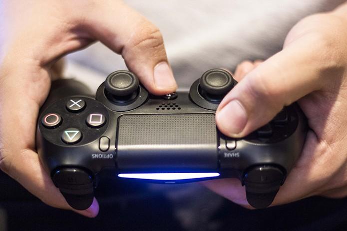 Como usar o controle do PS4 no Mac via bluetooth (Foto: Reprodução/Débora Magri)) (Foto: Como usar o controle do PS4 no Mac via bluetooth (Foto: Reprodução/Débora Magri)))
