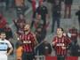 Hernani faz gol, mas recebe terceiro amarelo e desfalca o Atlético-PR