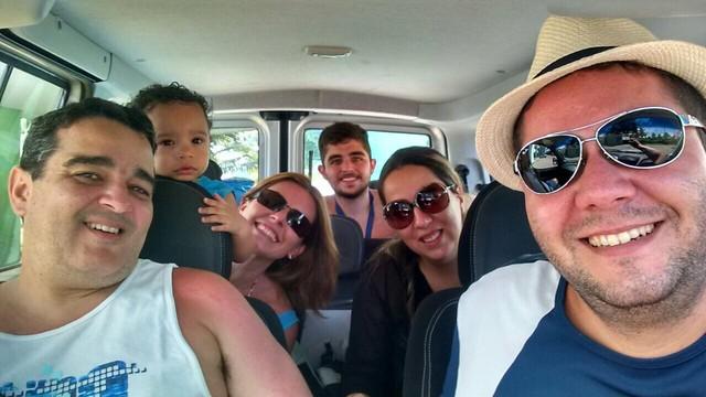 Solange Freitas com a família e amigos (Foto: Arquivo Pessoal)
