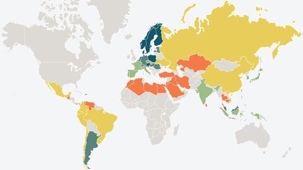 Índice de proficiência em inglês de 2014, feito em 63 países: quanto mais próximo da cor azul, mais fluente é a população ao falar inglês (Foto: Divulgação/EF Education First)