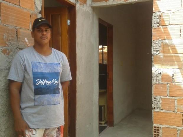 Desempregado, jovem que implorou para ser preso agiu no desespero (Foto: Samira Ferreira/ A Gazeta)
