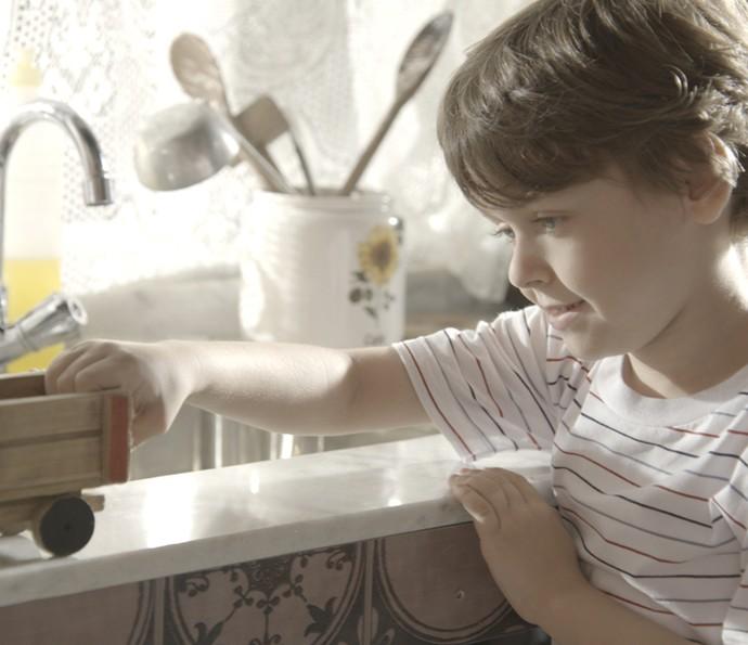César lembra de quando era criança (Foto: TV Globo)
