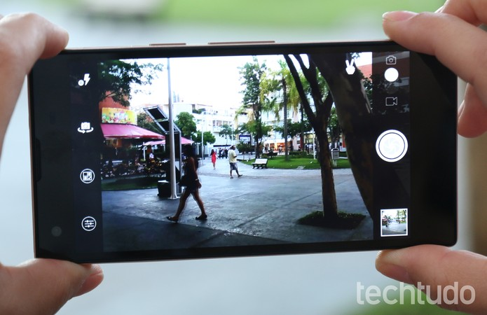 Câmera de 13 megapixels do Positivo Octa X800 deixa a desejar (Foto: Lucas Mendes/TechTudo)