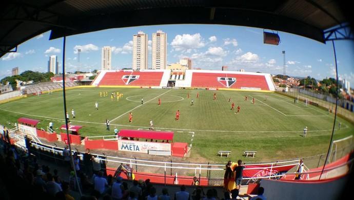 Estádio Ítalo Mário Limongi, em Indaiatuba (Foto: Emilio Botta)