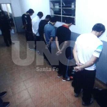 Barrabravas do Santa Fé presos (Foto: Reprodução / Uno Santa Fé)