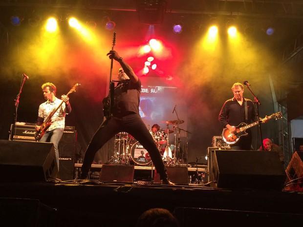 Show da banda de rock Plebe Rude no Palco Rio Branco da Virada Cultural (Foto: Cauê Muraro/G1)
