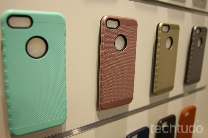 Capinha iPhone 7 (Foto: Fabrício Vitorino/TechTudo)