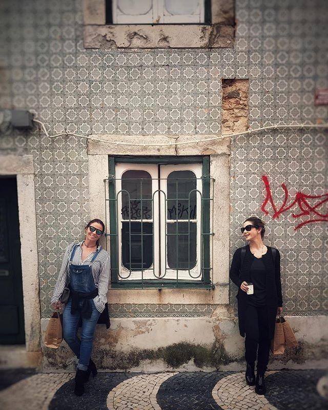 Giovanna e Guilhermina em passeio por Cascais (Foto: reprodução/instagram)