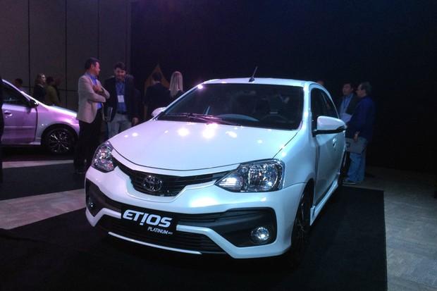 Toyota Etios Platinum (Foto: Guilherme Blanco Muniz/Autoesporte)