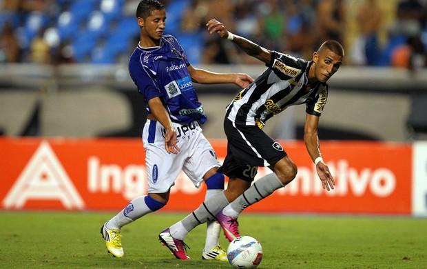 Rafael Marques Botafogo x Quissamã (Foto: Ernesto Carriço / Ag. Estado)