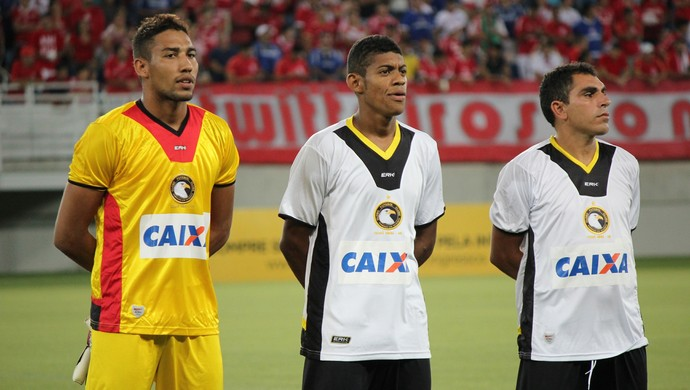 Rafael, Ricardo Lopes e Jozicley - Globo FC (Foto: Fabiano de Oliveira)