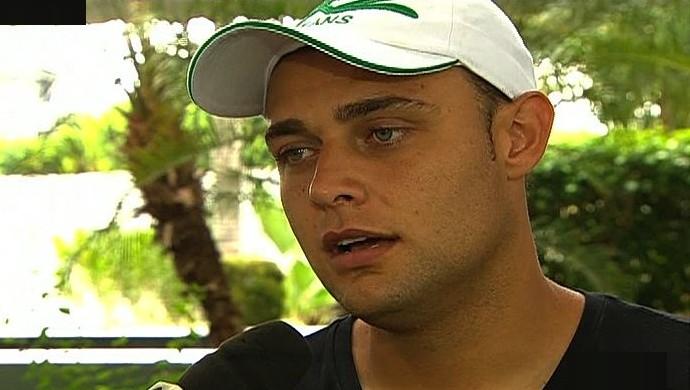 Renan - goleiro Goiás (Foto: Reprodução / TV Anhanguera)