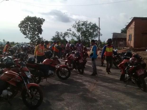 21d5ca51ba Mais de 100 mototaxistas fizeram busca por moto roubada de colega (Foto   Reprodução)