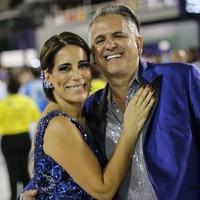 Glória Pires e Orlando Morais vão de Portela (Rodrigo Gorosito/G1)