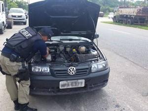 Carro roubado é recuperado pela PRF em Castanhal/PA (Foto: Divulgação/ PRF)