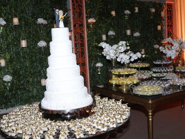 Decoração preparada especialmente para o casamento surpresa (Foto: Paula Oliveira/Gshow)