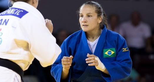 Judoca brasileira superou infância difícil e trabalhou como babá para virar judoca (Rafal Burza/CBJ)