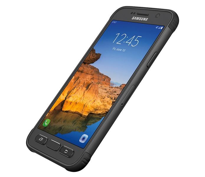 Galaxy S7 Active foi reprovado em teste de resistência à água (Foto: Divulgação/Samsung)