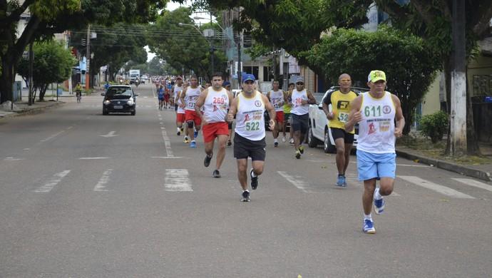 39ª Corrida do Fogo reúne corredores no AP e vencedor representa o Pará (Foto: Jonhwene Silva/GE-AP)