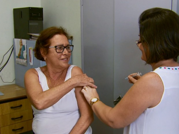 Vacinas contra gripe H1N1 se esgotaram em menos de uma semana em cidades do Sul de Minas, varginha (Foto: Reprodução EPTV)