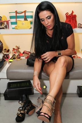 Solange Gomes em evento em loja na Zona Sul do Rio (Foto: Anderson Borde e Marcello Sá Barretto/ Ag. News)