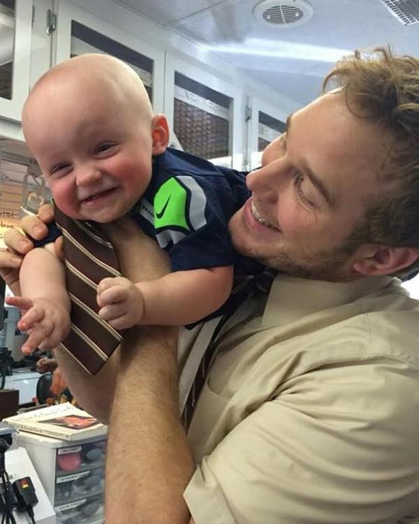 O novo queridinho de Hollywood, Chris Pratt tem um filho com a atriz Anna Faris. (Foto: Divulgação)
