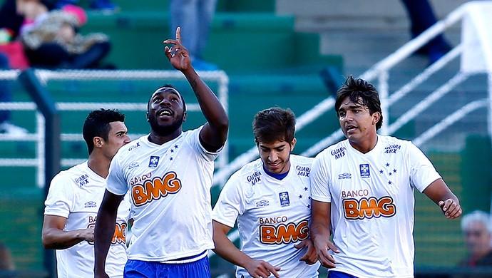 Manoel Cruzeiro gol Palmeiras (Foto: Mauro Horita / Globoesporte.com)